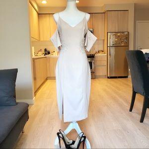 Beautiful dress Keepsake NEW